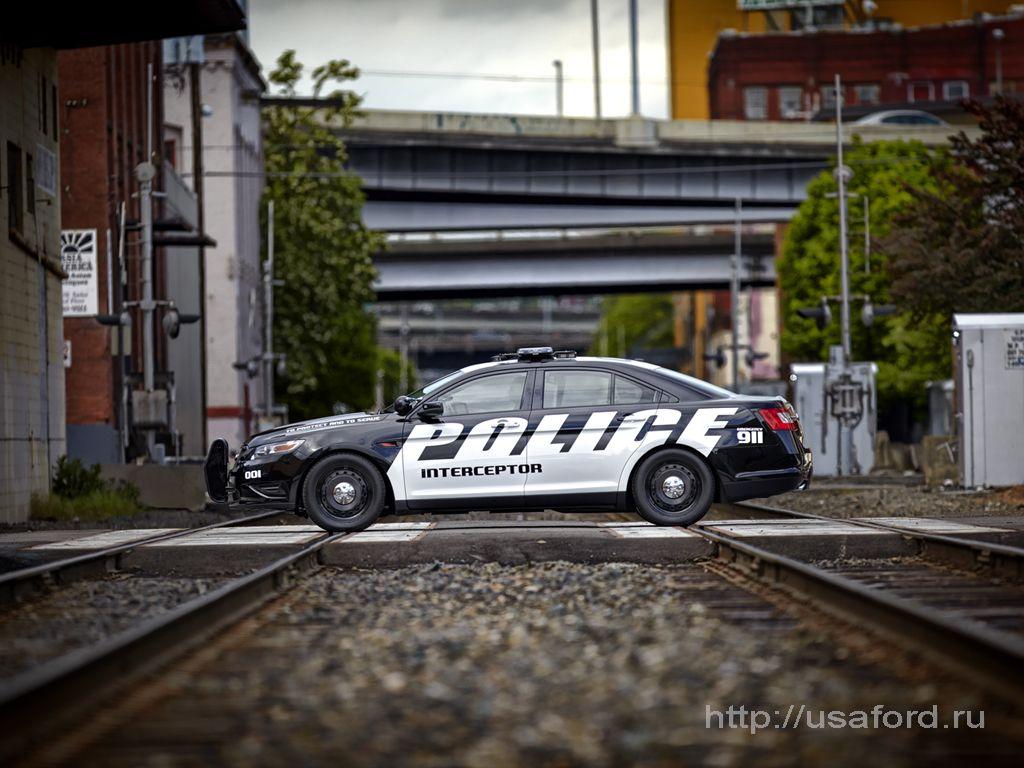 ford_police_2012_06.jpg