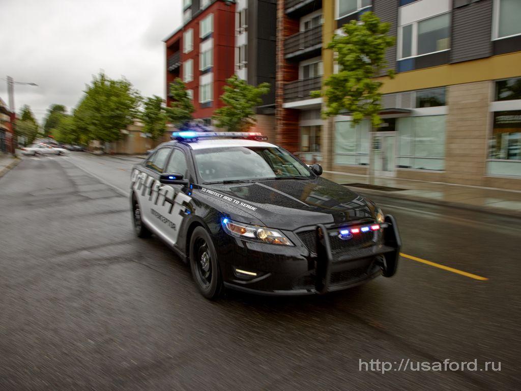 ford_police_2012_09.jpg