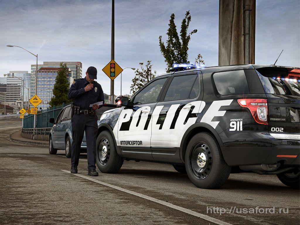 ford_police_2012_r.jpg